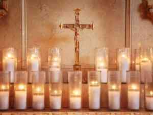 candles-e7afa4c84fedfca7bff87de4e8db3449a44d0933-s6-c30